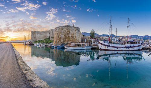 Twee werelden tegelijk in Cyprus