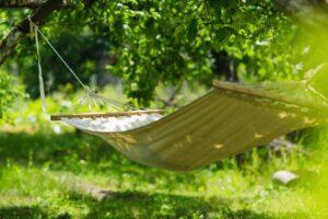 6 tips voor een vakantie in eigen tuin